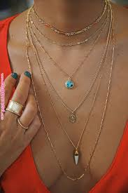 mary necklace petite