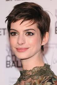 Part the hair into sections and cut each in a straight line. Emma Watson Pixie Cut Long Emma Watson Age