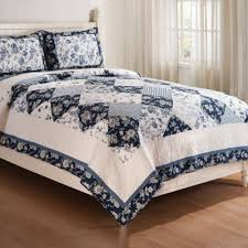 Buy Blue Queen Quilts from Bed Bath & Beyond & Blue Canton Reversible Full/Queen Quilt Set in Blue/White Adamdwight.com