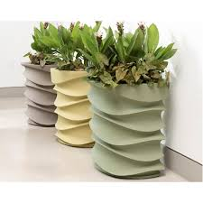 crescent garden planters. Eye Am Planters In Barcelona Collection Crescent Garden N
