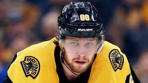 His extended hockey family mourns together. Nhl S David Pastrnak Announces Heartbreaking Death Of Newborn Son