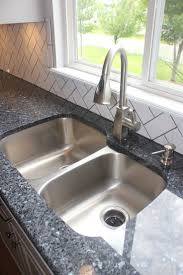 Granite Kitchen Tiles 17 Best Ideas About Blue Pearl Granite On Pinterest Blue