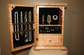 Diy Jewelry Cabinet Diy Jewelry Cabinet Diy Projects