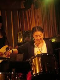 Singer Etsuyo Emerald