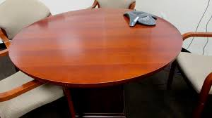 48 medium cherry round table
