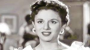 في ذكرى ميلاد فاتن حمامة الـ 90 .. فازت بمسابقة أجمل طفلة في مصر وبهذا  لقبها جمال عبد الناصر