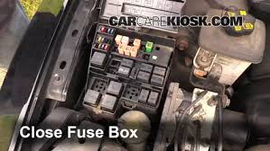 blown fuse check 2000 2002 lincoln ls 2002 lincoln ls 3 9l v8 6 replace cover secure the cover and test component