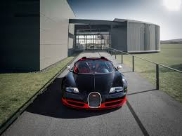The bugatti veyron 16.4 grand sport vitesse is a targa top version of the veyron super sport. Bugatti Presents Bugatti Veyron 16 4 Grand Sport Vitesse At The Volkswagen Group Evening In Moscow Bugatti Newsroom