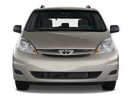 2009 Toyota Sienna Reviews and Rating | Motor Trend