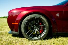 2018 dodge hellcat widebody. simple 2018 wider meaner and faster the new 2018 dodge challenger srt hellcat widebody  ups big catu0027s already astronomical performance credentials with dodge hellcat widebody