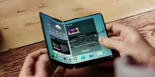 phones 2019 apples android rivals are going all in on folding phones in 2019