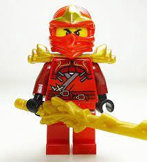 LEGO Ninjago - Kai ZX avec Armor and Dragon Sword: Amazon.fr: Jeux et  Jouets   Lego ninjago, Lego, Idées lego