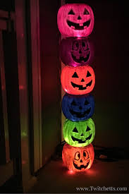 Outdoor Plastic Light Up Pumpkins How To Make A Fun Pumpkin Totem Pole Perfect For Halloween