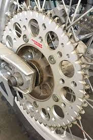 adjusting your drive ratio changing your sprockets for maximum performance chapmoto
