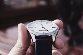 anyone who wants to make their watch look more sleek stylish and classy is in the market for trendy and hot new watch bands not only do these bands pair