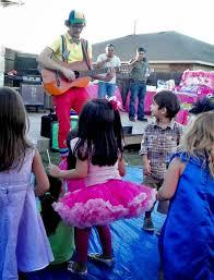 balloon artist austin tx jasper and costello entertainment clowns in austin tx balloon artist and face painter austin tx princess parties austin tx
