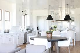 modern kitchen white gloss lacquered with modern classic kitchen cabinets.