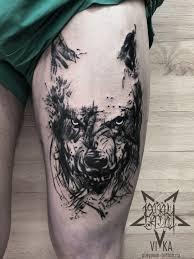 волк в стиле трэш полька мужская тату на бедре сделать тату у
