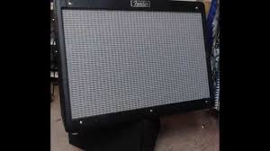 simple diy tilted guitar amplifier stand