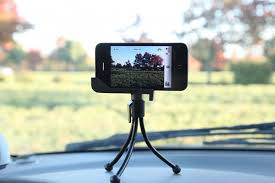 phone tripods are widely used in our life when we go out for camping or just face timing with others a phone tripod will greatly free your hands and take