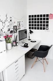 ways to decorate an office. So Fresh \u0026 Chic // 7 Fabulous Ways To Dress The Walls Behind Your Decorate An Office
