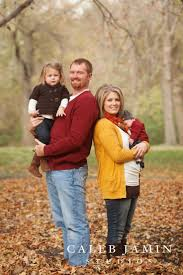 For Family Pictures Best 25 Outdoor Family Portraits Ideas On Pinterest Family
