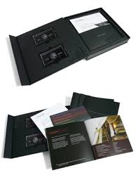 Each pack comprised an outer mailer, a presentation box or folder, an  introductory letter