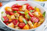 מתכון: סלט פנצנלה מרענן שמתאים לכל ארוחה