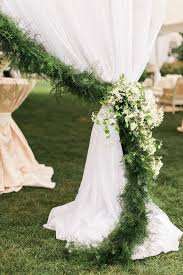 7 Ways To Style Garland At Your Wedding