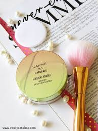 lakme 9 to 5 naturale finishing powder review