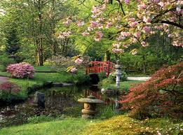 Take a glimpse in 12 small bridges in a delightful Japanese garden for  relaxing your mind