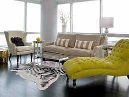 Coffee table made of <b>acrylic glass</b> complements any living room ...