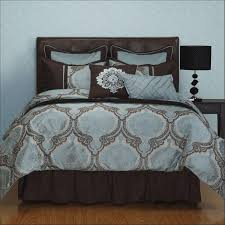 full size bedroom masculine. Elegant Full Size Bedroom Set With Beautiful Masculine Bedding  For Twin Full Size Bedroom Masculine M