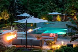 Welcoming Luxury Modern Homes With Small Pools Pool Ideas To Turn