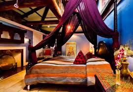 Moroccan Luxury Suites Boston: King bedroom suite with tent canopy