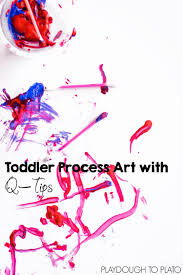 Super simple art activity without paintbrushes: Toddler Process Art with Q -Tips!