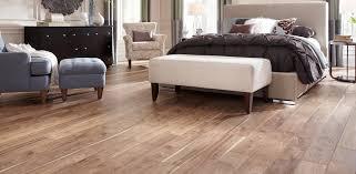 Modern Bedroom Bench Floor Modern Bedroom Decoration With Pergo Floors Also Bedroom