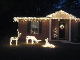 outdoor lighting decorations. 3 Lighted Deer In Front Of House. Outdoor Lighting Decorations 7