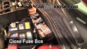 replace a fuse 2005 2007 ford focus 2006 ford focus zx4 2 0l 4 cyl 6 replace cover secure the cover and test component
