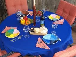 90 round al tablecloth with umbrella hole