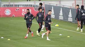DFB-Pokal: FC Bayern vor Gladbach: Choupo-Moting beendet Training vorzeitig