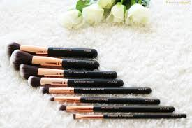 i love the black and rose gold on these brushes i think they look very rich and luxurious the bristles are ultra soft and leave your skin feeling gorgeous