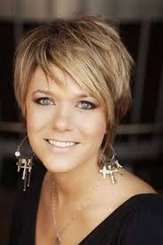 Pin By Alisa Clow On Hair In 2019 Cute Hairstyles For Short Hair