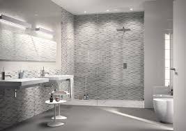 Collezione game: mosaici di ceramica per bagno e cucina ragno