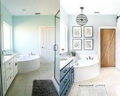 vicente bathroom lighting vicente wolf. We Go Inside Vicente Wolf And Matthew Yee\u0027s Montauk, New York, Getaway Bathroom Lighting