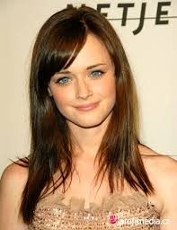 Women Long Hair Style haircut for girls with long hair latest haircuts for long hairs 4954 by wearticles.com