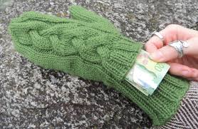Mittens Pattern Impressive Subway Mittens Pattern Knitting Patterns And Crochet Patterns From