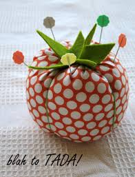 35+ of the Cutest Pincushion Patterns You've Ever Seen ... & Easy to Make Pin Cushion Adamdwight.com