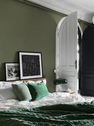 pictures of green bedrooms. Contemporary Bedrooms Green Bedroom Design Idea 15 In Pictures Of Green Bedrooms A