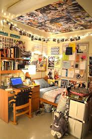 Here are 15 amazing, cool dorm room pictures for inspiration on how to  decorate your own space in school in September.